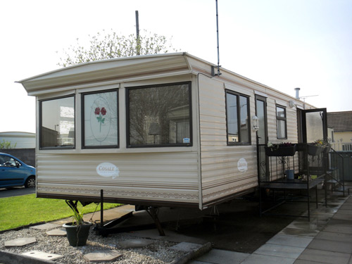 Creative UK Private Static Caravan Holiday Hire At Lyons Winkups Towyn Conwy